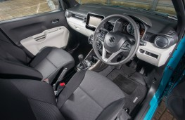 Suzuki Ignis, interior