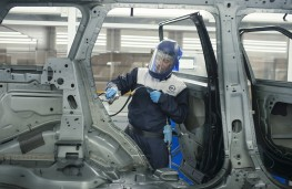 JLR Special Vehicle Operations, paint shop