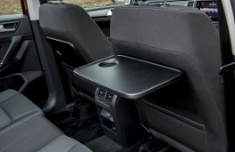 Volkswagen Golf SV, table
