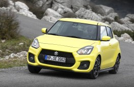 Suzuki Swift Sport, 2018, front, action