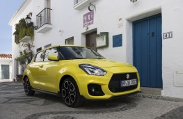 Suzuki Swift Sport, 2018, front