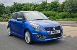 Suzuki Swift Sport 5dr, front, action