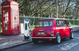Swind Classic Mini Electric rear recharging