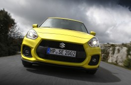 Suzuki Swift Sport, 2018, nose