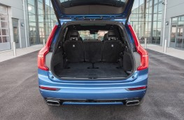 Volvo XC90 T8 Twin Engine R-Design, boot
