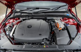 Volvo XC90 T8 Twin Engine R-Design, engine