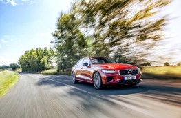 Volvo S60 T8 Twin Engine, 2019, front