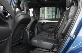 Volvo XC90 T8 Twin Engine R-Design, seats, middle