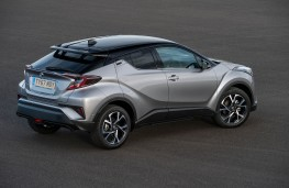 Toyota C-HR, rear