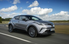Toyota C-HR, dynamic