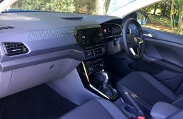 Volkswagen T-Cross 1.6 TDI, 2019, interior, auto