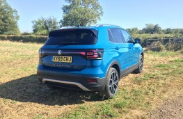 Volkswagen T-Cross 1.6 TDI, 2019, rear