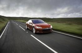 Tesla Model S P85D, action
