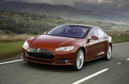 Tesla Model S P85D, front
