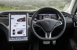 Tesla Model S P85D, interior