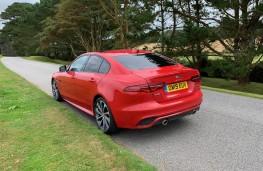 Jaguar XE, rear