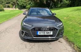 Audi A4 Avant, front