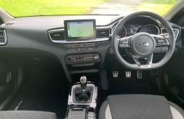 Kia ProCeed, interior