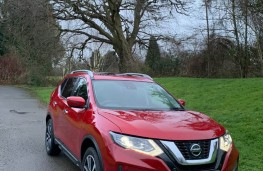 Nissan X-Trail, front