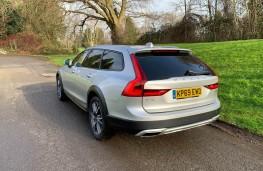 Volvo V90 Cross Country, rear