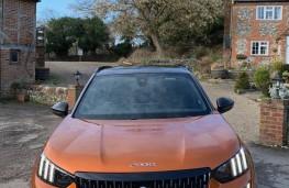 Peugeot 2008, front