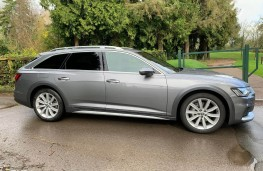Audi A6 Allroad, side