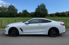 BMW 840d, side
