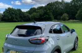 Ford Puma, rear