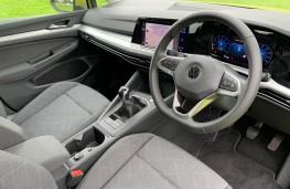 Volkswagen Golf, interior