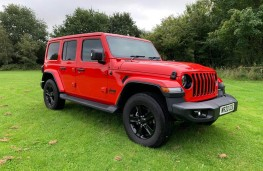 Jeep Wrangler, front