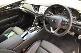 Vauxhall Insignia, interior