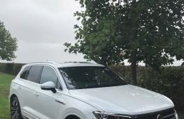 Volkswagen Touareg, front