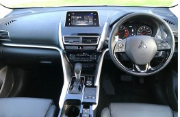 Mitsubishi Eclipse Cross 4, interior