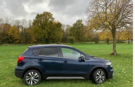Suzuki S-Cross, side