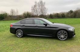 BMW 5-Series, side