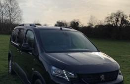 Peugeot Rifter, front