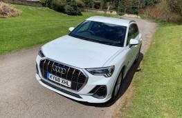 Audi Q3, front