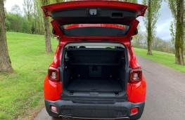 Jeep Renegade, boot