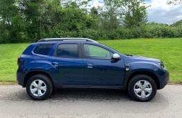 Dacia Duster, side
