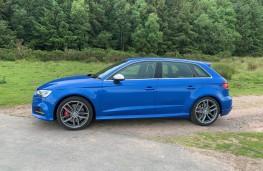 Audi S3 Sportback, side