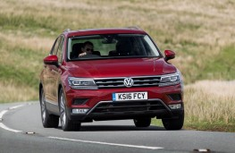Volkswagen Tiguan, front action