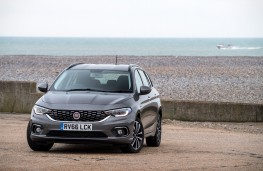Fiat Tipo Station Wagon, front