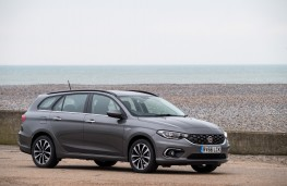 Fiat Tipo Station Wagon, side