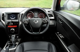 SsangYong Tivoli Ultimate, controls