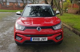 SsangYong Tivoli 1.6 Ultimate, face
