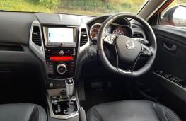 SsangYong Tivoli 1.6 Ultimate, interior