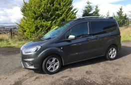 Ford Tourneo Courier, side