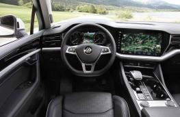Volkswagen Touareg, 2018, interior