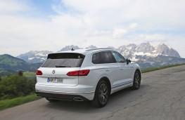 Volkswagen Touareg, 2018, rear