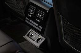 Volkswagen Touareg, 2018, rear seat controls
